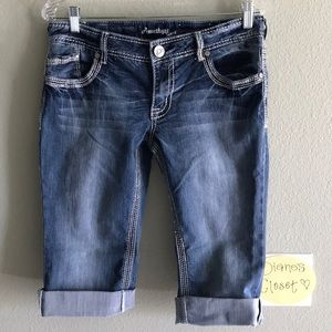NWOT Chunky Stitch Women's/Juniors Capri Jeans